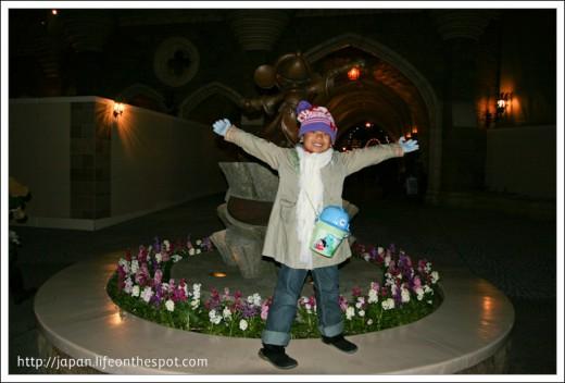 Mickey's Statue behind Cinderella's Castle
